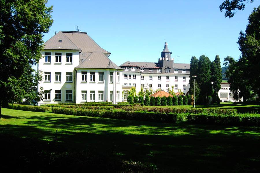 Zlaté-Hory_Sanatorium-Edel_02